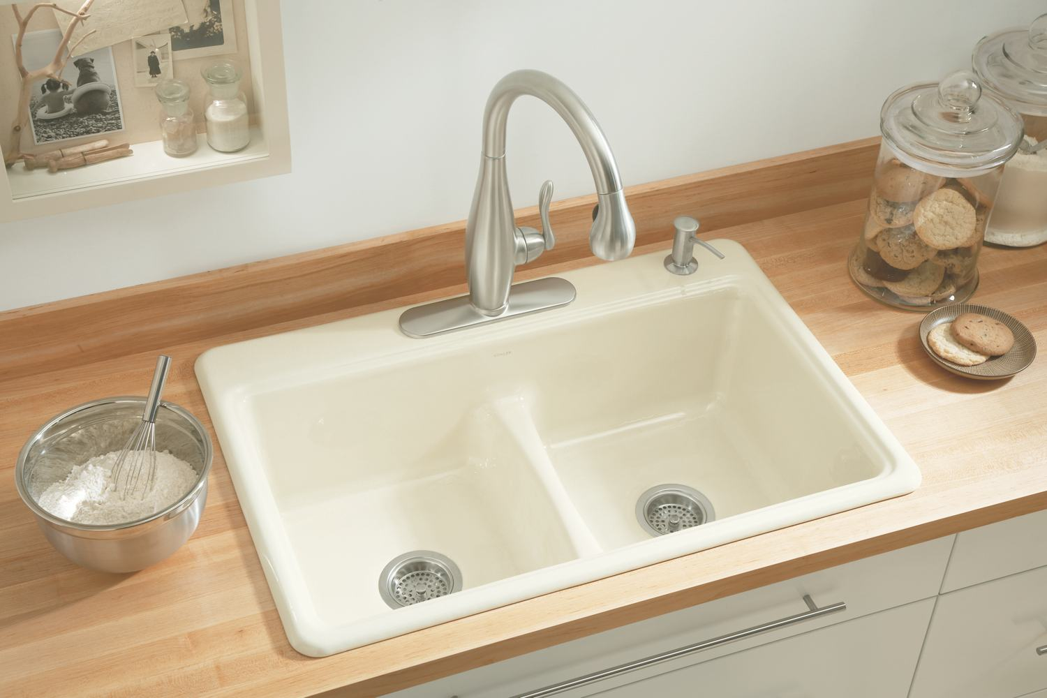 Kohler sinks cast iron modern cast iron kitchen sinks for Coloured sinks kitchens