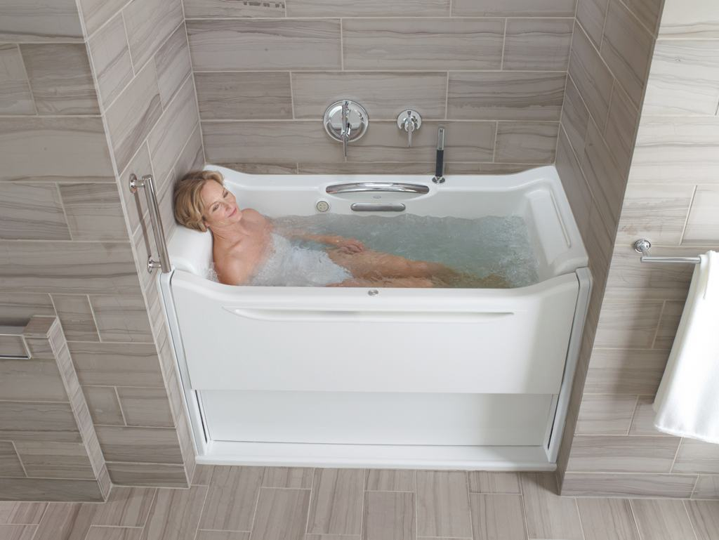 KOHLER K-1914-GRB-0 Elevance BubbleMassage Rising Wall Bath with ...