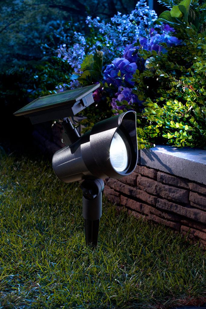 Moonrays 93380 Premium Output Solar Powered Led Spotlight