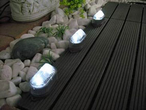 Paradise two-piece LED deck and stair lights