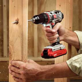 Porter-Cable PCC606LA 20-volt max 1/2-inch lithium-ion drill-driver kit