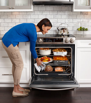 Samsung Slide-in Electric Range with Flex Duo Oven Product Shot