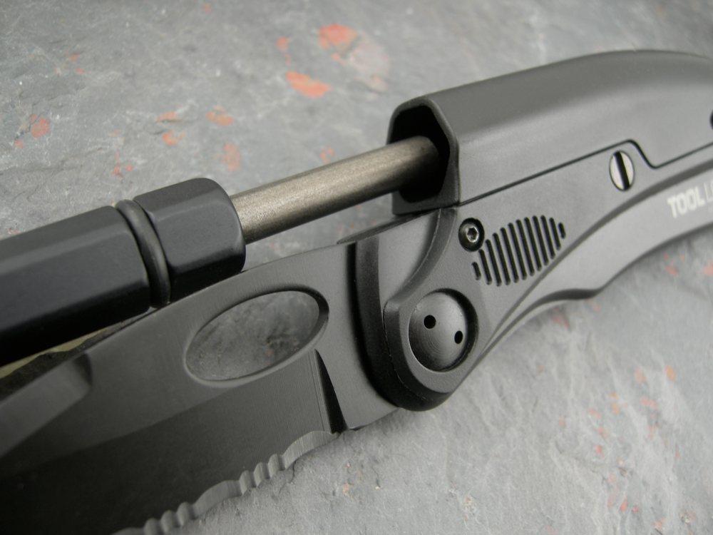 Amazon.com: SOG SLPro Folding Knife ToolLogic SLPB2 ...