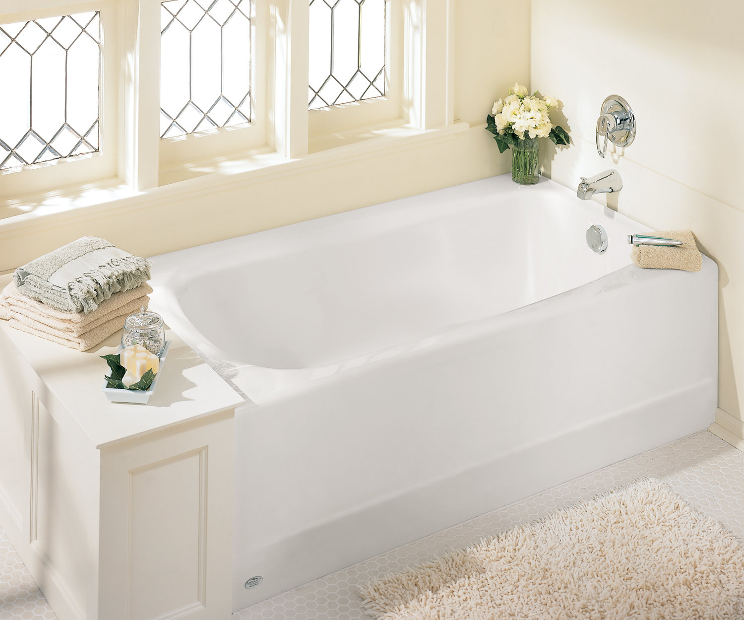 Bathtub buying guide tools home improvement for How big is a standard tub