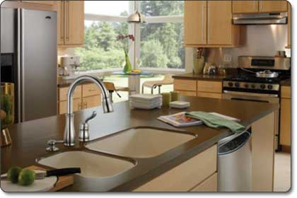 Delta Leland Single Handle Pull Down Kitchen Faucet With Soap Dispenser