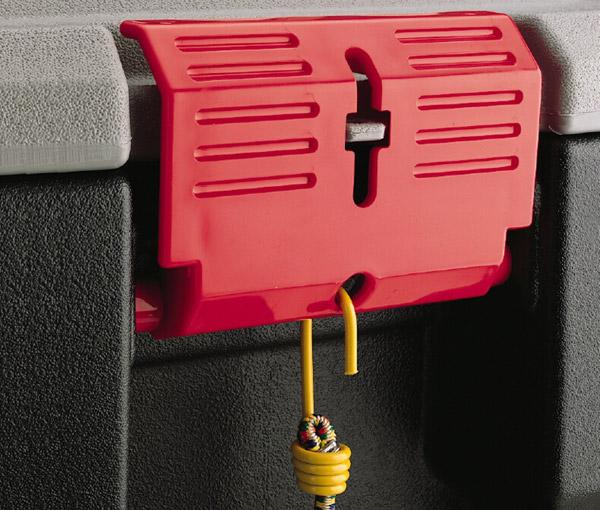 Amazon Com Rubbermaid Actionpacker Lockable Storage Box