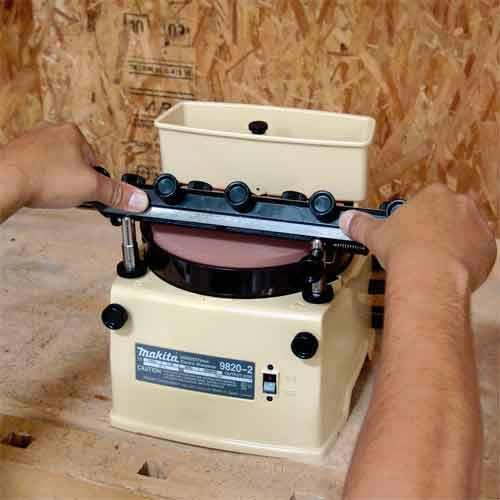 Makita 98202 1 1 Amp Horizontal Wheel Wet Blade Sharpener