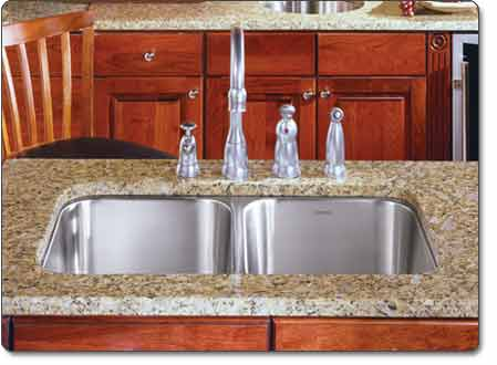Houzer MD-3109 Medallion Classic 50/50 Double-Bowl Undermount Sink