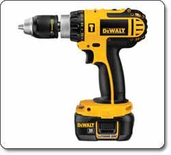 DEWALT DCD775KL 1/2-Inch 18-Volt Cordless Compact Lithium-Ion Hammer Drill Kit