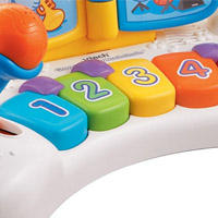 Babies play can the piano keys to learn numbers, colors, and music notes in learning mode. In music mode, pressing the piano keys will play piano notes.