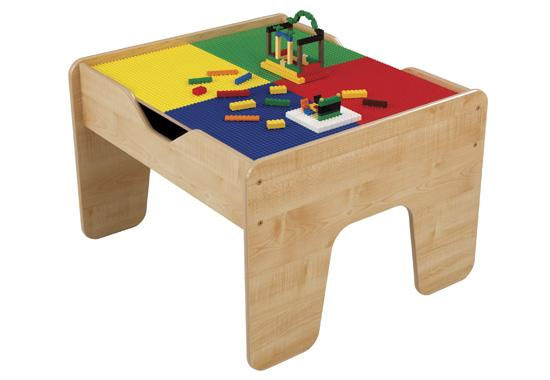 Merveilleux This Versatile Activity Table Has A Studded Lego Surface On One Side And  Comes With 200 Lego Blocks.