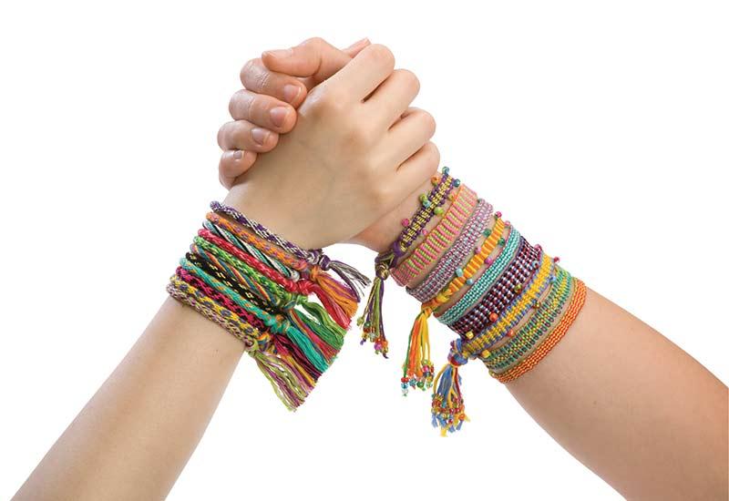 Amazon.com: ALEX Toys Do-it-Yourself Wear Friends 4 Ever Jewelry: Toys