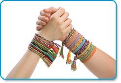 ALEX Friends 4 Ever Bracelet Making Kit Lifestyle Shot