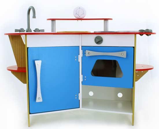 Melissa doug cook 39 s corner wooden pretend for Child size kitchen sets