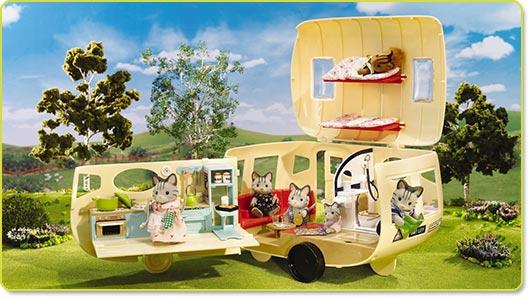 Calico Critters Caravan Family Camper Product Shot
