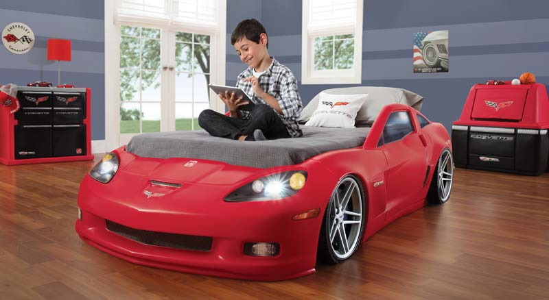 Amazon.com: Step2 Corvette Bed with Lights - Red/Silver