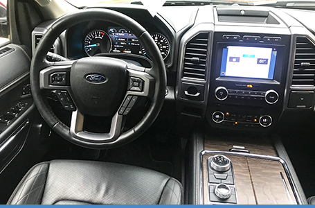Expert Review Vehicle Image Ford Expended Great Effort Differentiating The Expeditions