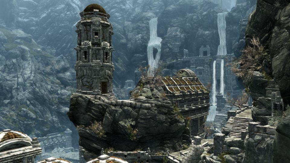 Amazon.com: The Elder Scrolls V: Skyrim [Online Game Code ...
