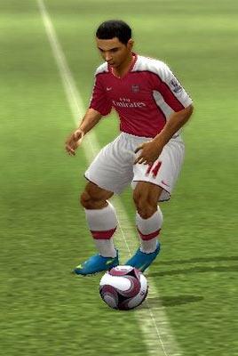 A footballer alone in the open field in FIFA Soccer 10