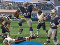 Breaking multiple tackles with a leap in Madden NFL Football 3DS