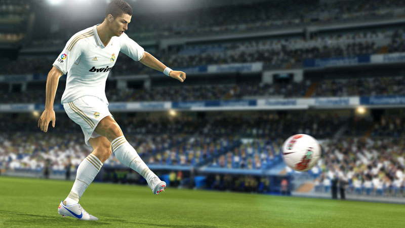 Amazon.com: Pro Evolution Soccer 2013 - Playstation 3: Video Games