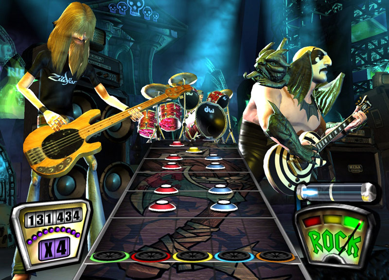 Amazon.com: Guitar Hero 2 Bundle with Guitar -Xbox 360: Artist Not