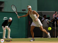 Maria Sharapova lining up a forehand in Grand Slam Tennis 2