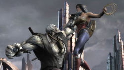 Soloman Grundy measuring Wonder Woman for a punch in Injustice: Gods Among Us