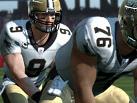 Drew Brees taking the snap on the line in Madden NFL 11