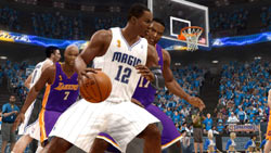 Dwight Howard taking Andrew Bynum deep into the paint in 'NBA LIVE 10'