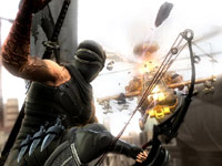 Ryu using his compound bow in a fight against an attack helicopter in Ninja Gaiden 3