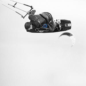 PIQ North Kiteboarding Wearable Kiteboard Sport Tracker - Instant Jump Height Readout & Ride Analysis 24