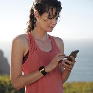 Fitbit4c._SR300,300_.jpg