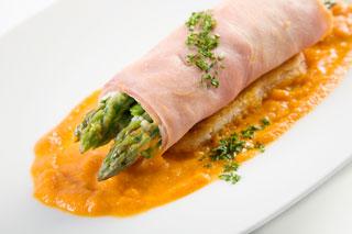 Professional garde manger a comprehensive guide to cold food preparation lou sackett jaclyn - Garde manger fonctionnel cuisine ...