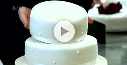 Stacking a Tiered Cake