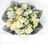 Rose & Freesia £35