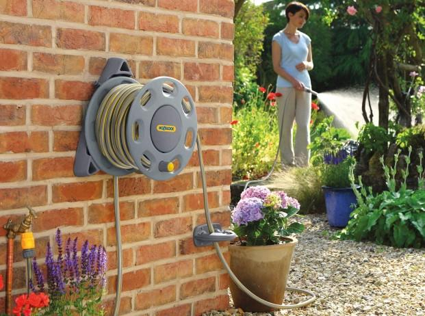 This Innovative Hozelock Wall Mounted Compact Hose Reel With 15 M Of 12.mm  Starter Hose Is The Ideal Hose Storage System That Can Hold Up To 30 M Of  12.5 Mm ...