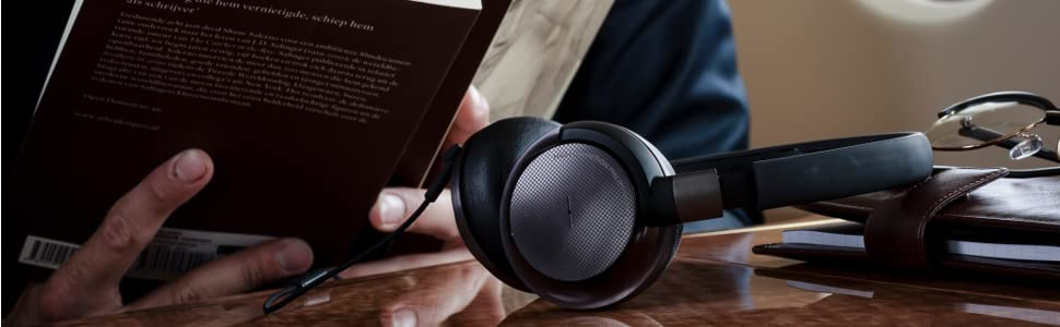 philips noise cancelling headphones how to change battery