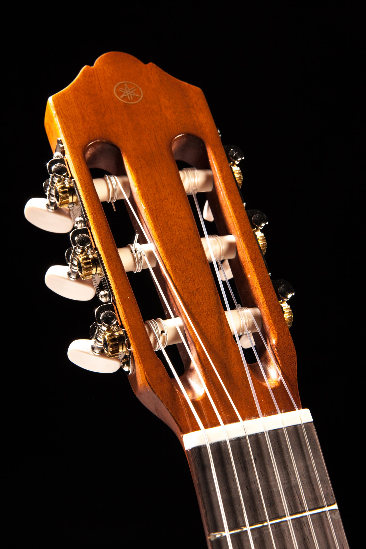 yamaha cs40 3 4 size classical guitar natural