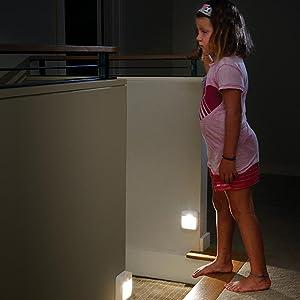 mr beams, mb723, mr beams night light, battery powered night light