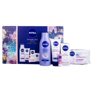 Nivea Smooth Skin Moments Gift Set for Women's - 5 Pieces: Amazon ...