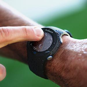 weather;water;resistent;resistant;sweat;splash;wet;weatherproof;run;running;touch;screen