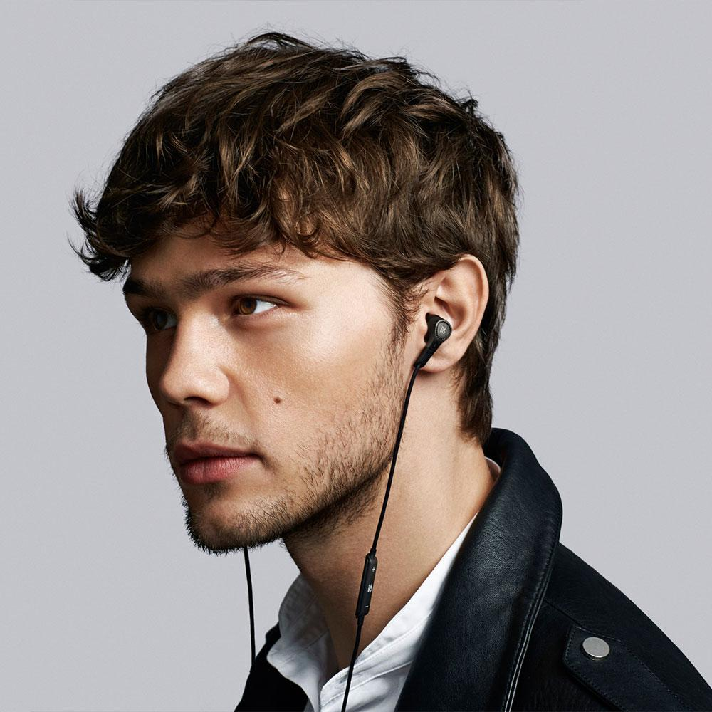 Bo Play By Bang And Olufsen Beoplay H3 Ultra Light In Ear Ampamp Lightweight Earphone Silver Anc Features Details
