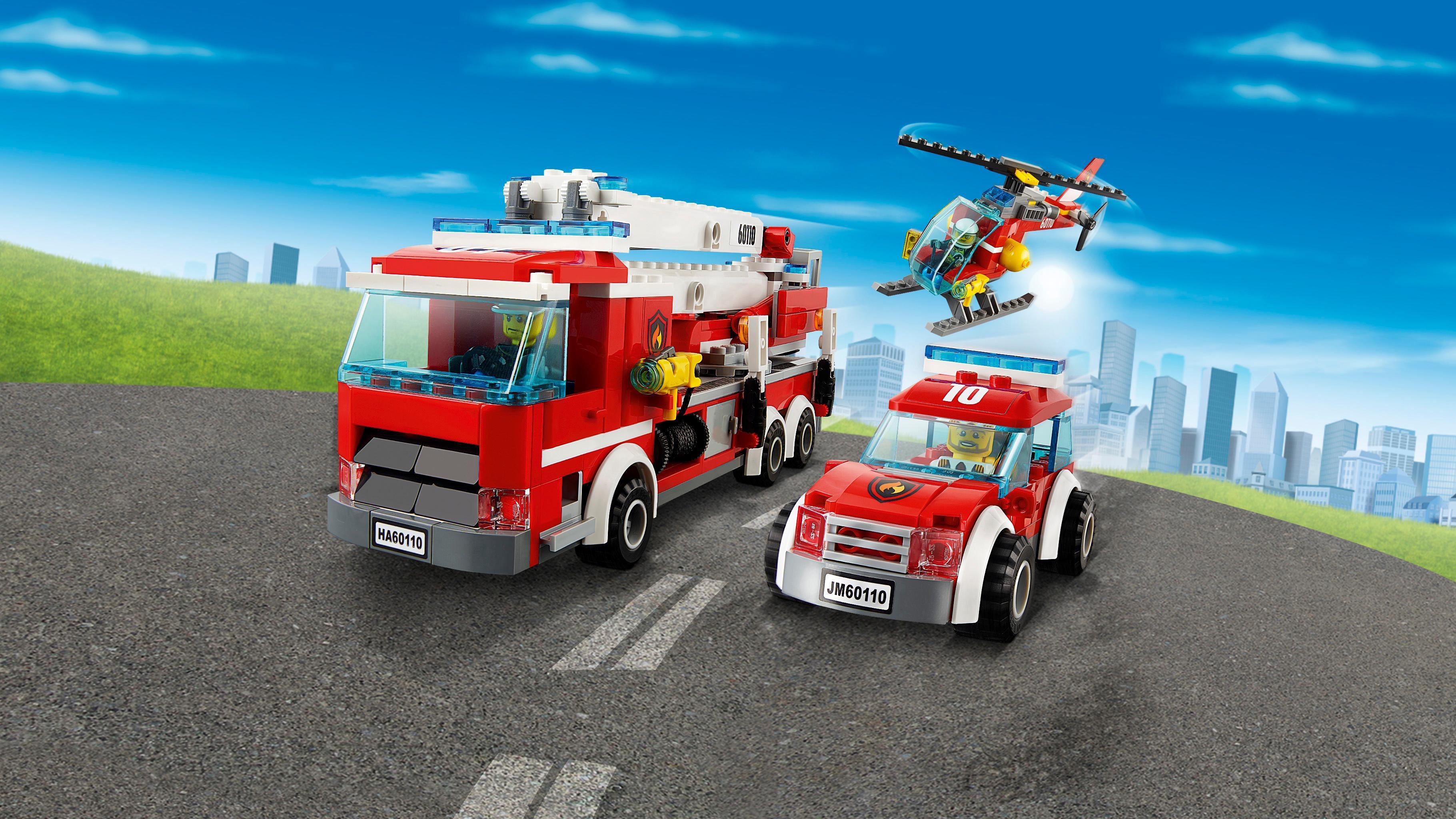 LEGO City Fire 60110: Fire Station Mixed: LEGO: Amazon.co ...