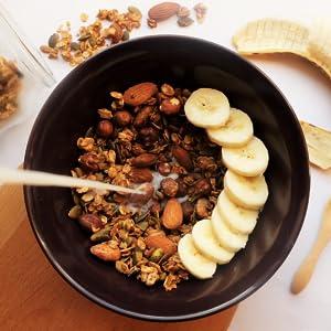 Cinnamon Maca Granola, Sevenhills Wholefoods, coconut oil