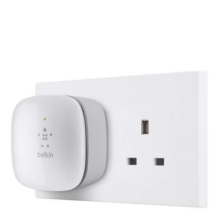 Belkin n300 wall plug mounted universal wi fi range extender belkin n300 universal wi fi range extender greentooth Image collections