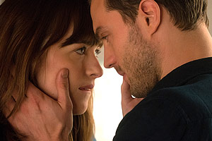 fiftyshadesn02300200p72dp 01