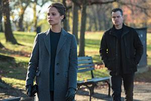Jason Bourne: Amazon.de: Alicia Vikander, Tommy Lee Jones