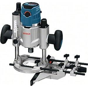 Die Bosch Oberfräse GOF 1600 CE Professional – kraftvoll dank 1.600 W-Motor und Constant-Electronic.