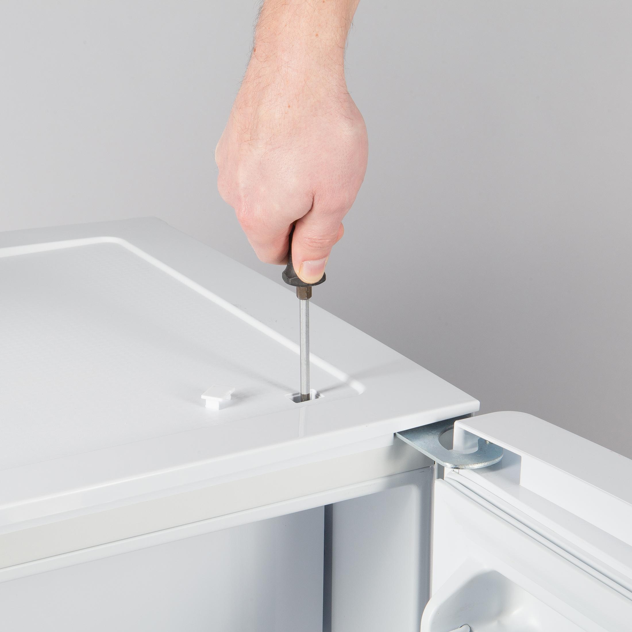 ultratec k hlschrank mit 4 sterne tiefk hlfach 86 liter freistehend energieeffizienzklasse. Black Bedroom Furniture Sets. Home Design Ideas